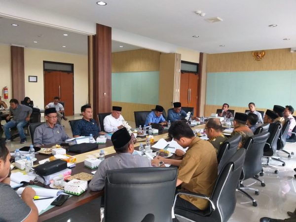 Rapat Mitra Komisi III DPRD Provinsi Bengkulu Tentang RAPBD
